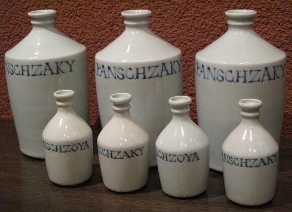 Nagasaki, Japan's arts and crafts, Sake bottles