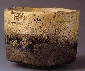Rakuyaki Shiroraku tea cup, Japanese national treasure, another entire view