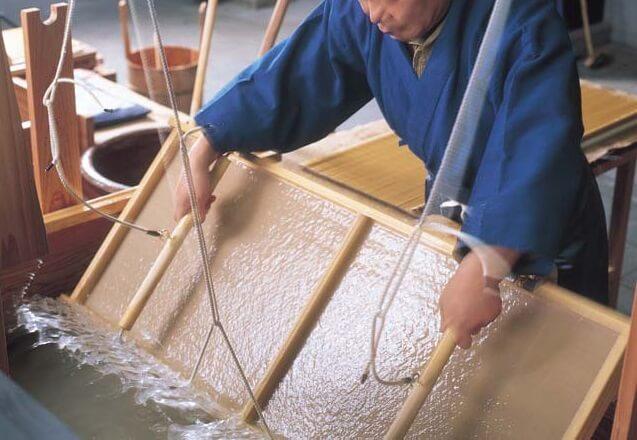 Ukiyo-e, Japanese woodblock print art, making paper