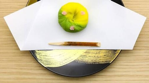 Japanese sweets served with lacquerware
