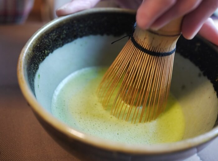 Matcha tea bowl, making green tea