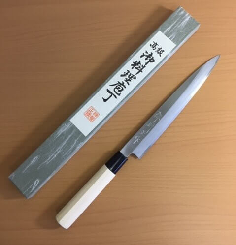 How To Find The Sharpest Japanese Kitchen Knife ...